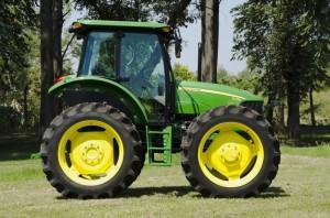 Tractor John Deere 5725 AD