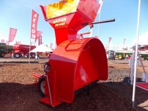 Embolsadora de granos Akron EMD9400