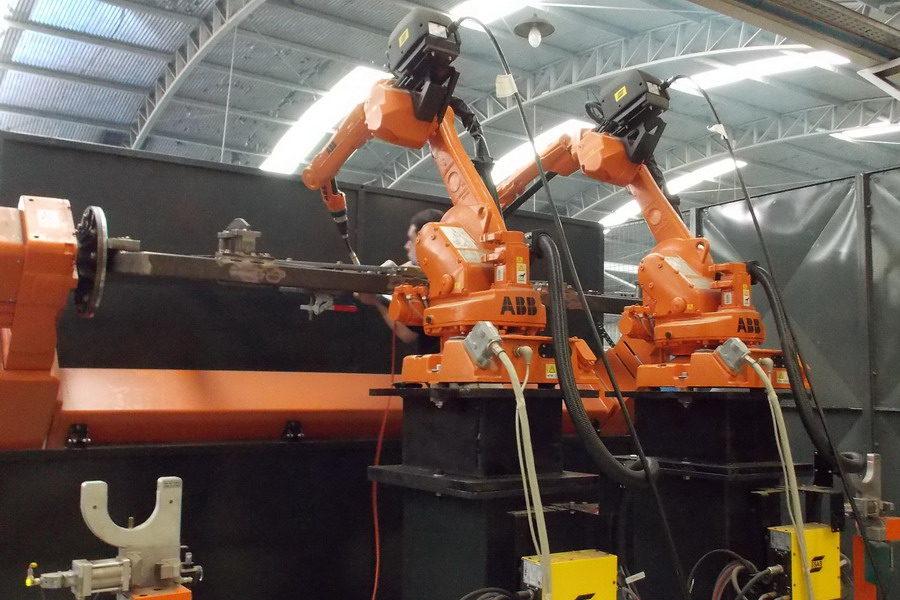 Robots en planta de Omar Martin