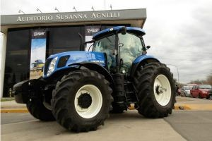 Tractor New Holland T7