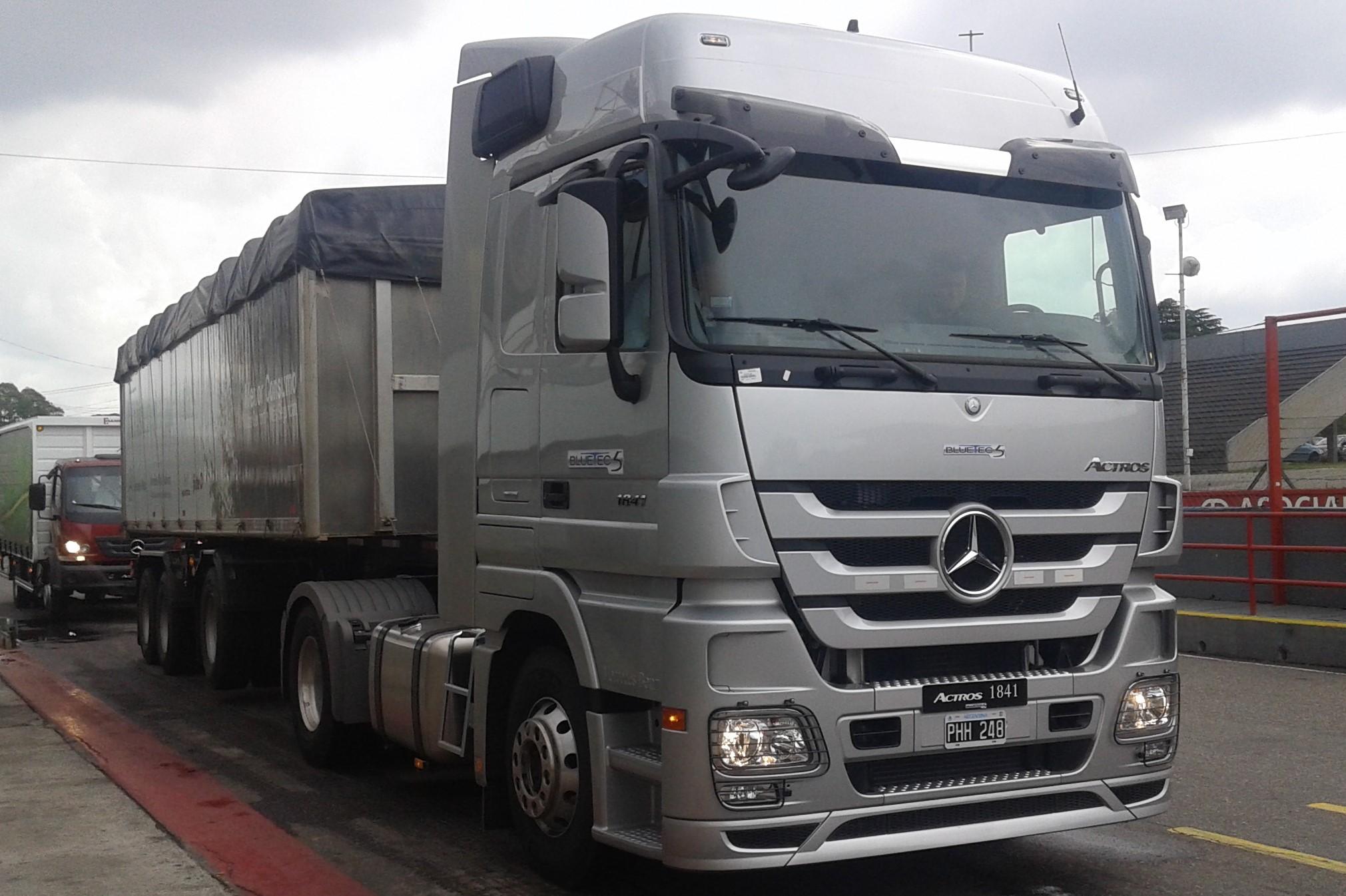 Camión Mercedes-Benz