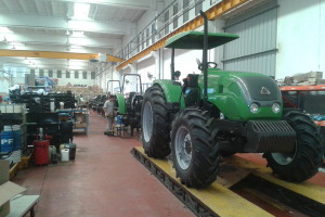 Tractor Agrale