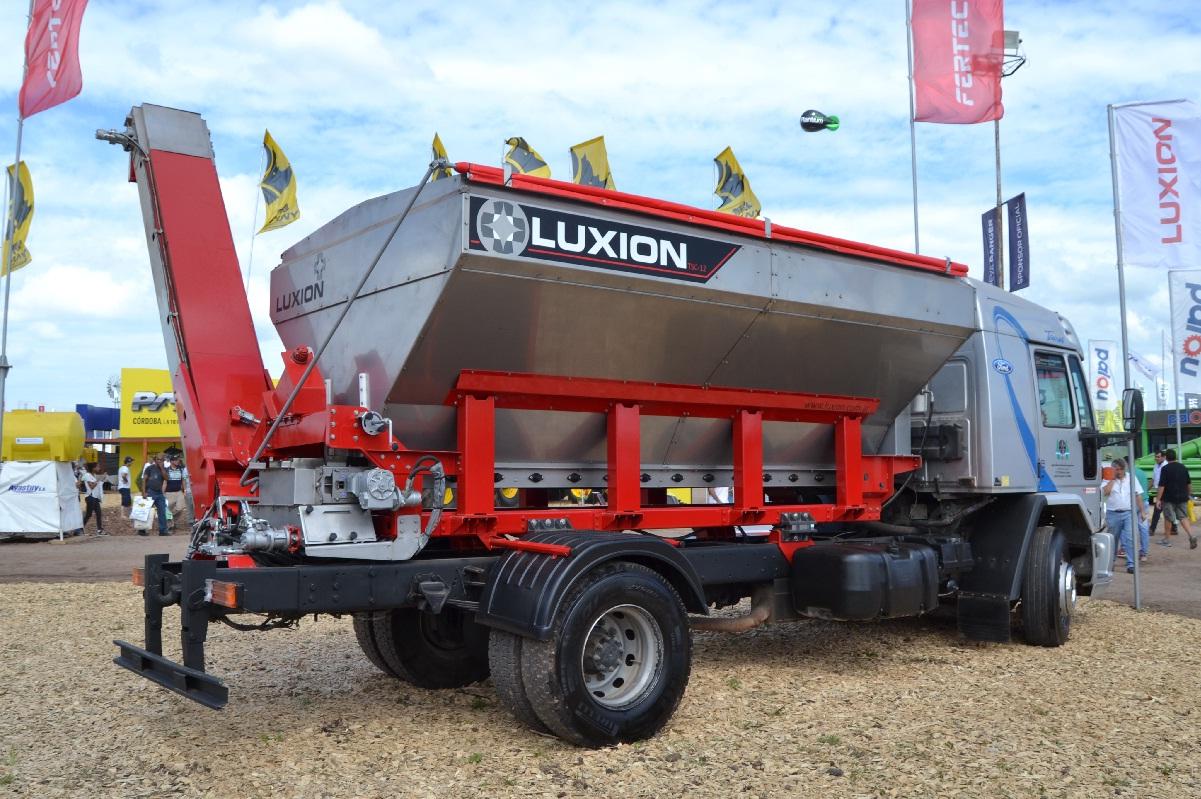 Tolva montada Luxion TSC 12