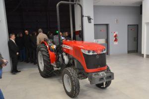 Tractor Massey Ferguson MF 3640 V
