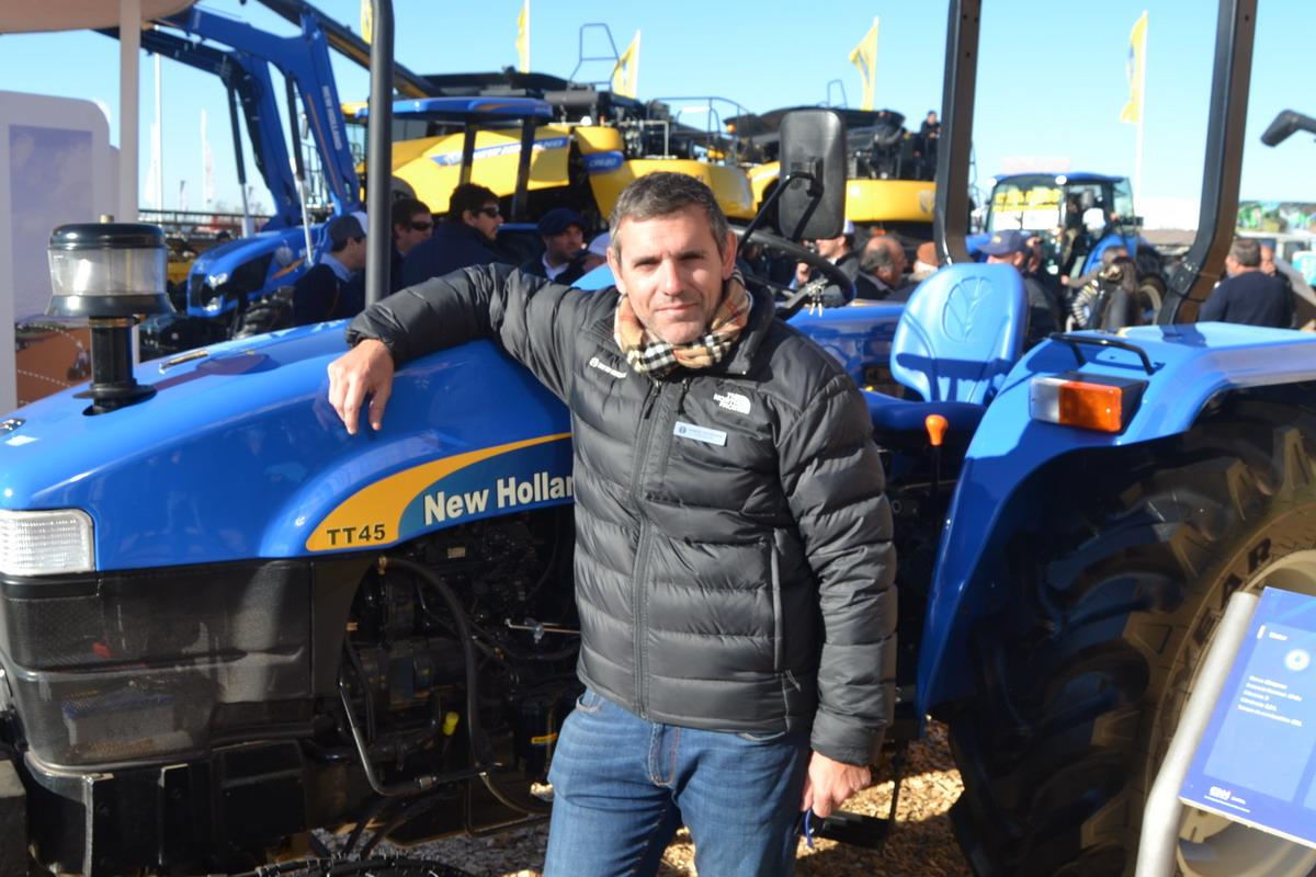 """Gabriel Tronchoni: """"New Holland no levanta el pie del acelerador"""" - Maquinac"""