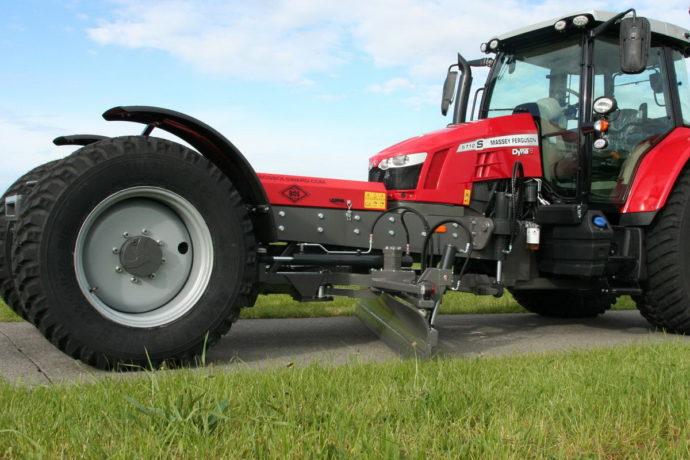 Convierten tractores en niveladoras autopropulsadas