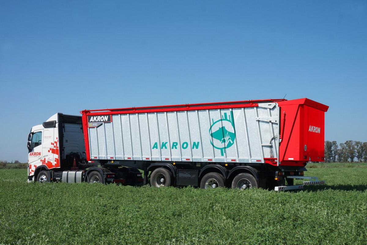 Akron incorporó la caja compactadora CC4150 - Maquinac